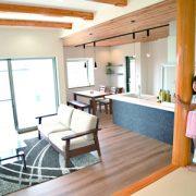 風景を含めてデザインした居心地も使い勝手も極上の家