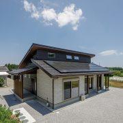 自然素材をふんだんに使い 職人技で造りあげる匠の家
