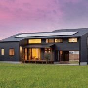 窓から見える風景と共に 木の温かさを楽しむ家
