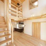 すべての個室とつながる、家族が集まる大空間リビング