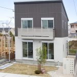 開放感あふれる眺望と暮らすスカイバルコニーのある家