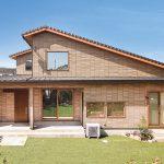 自然素材が生み出す快適な住空間。家族の健康を手助けする住まい